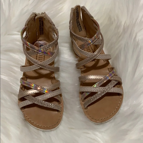 Seychelles Other - 3/$15 🎉 Sandals size 8 toddler